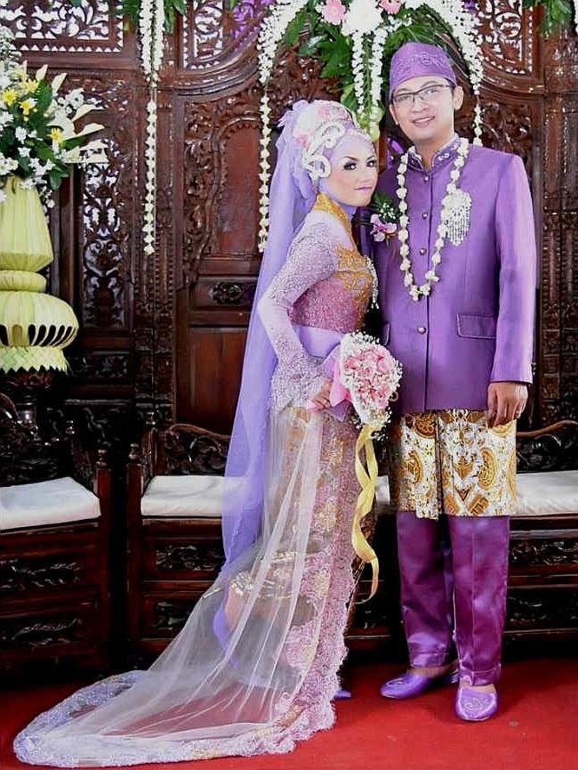 Model Baju Pengantin Jawa Muslim Nkde Jenis Pakaian Adat Jawa Timur Pesa An Madura Model Baju
