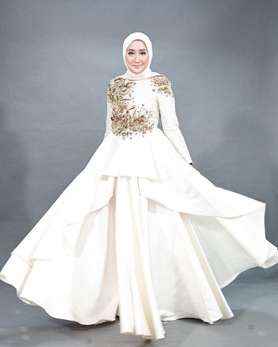 Model Baju Pengantin Muslimah Dian Pelangi J7do Model Gaun Pesta Dian Pelangi