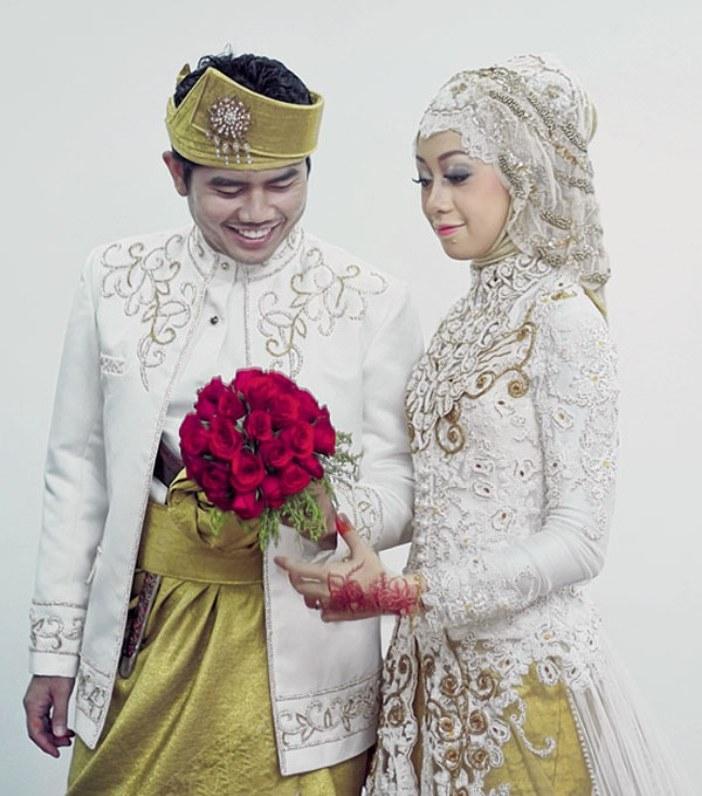 Model Baju Pengantin Muslimah Syar'i Kebaya Jxdu Koleksi Model Kebaya Pengantin Berjilbab Dengan Desain