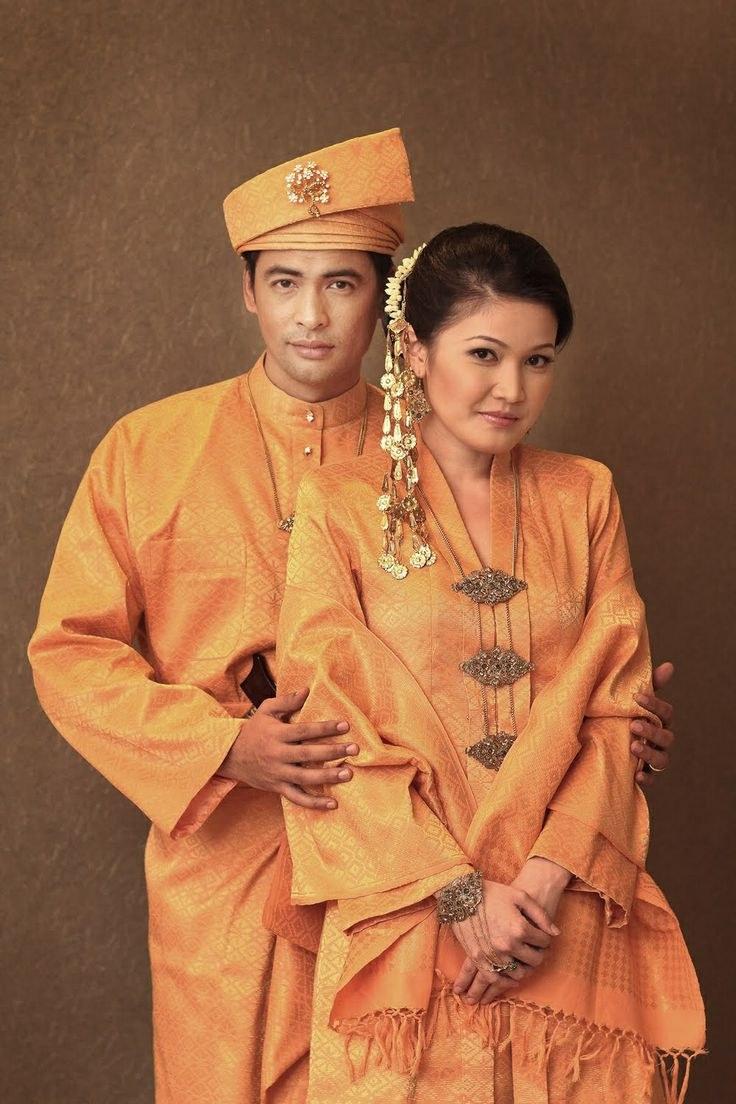 Model Baju Pengantin Muslimah Syar'i Kebaya Whdr 128 Best Pengantin Melayu & songket Images On Pinterest