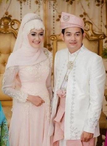 Model Busana Pengantin Syari Tqd3 Wedding Dress Ideas Hijab Muslimah Fashion Perfectmuslim