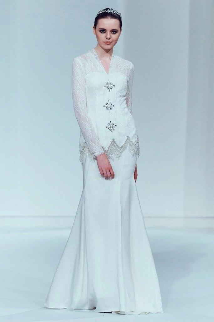 Model butik Baju Pengantin Muslimah Fmdf Innai Red 2015 Bridal Collection