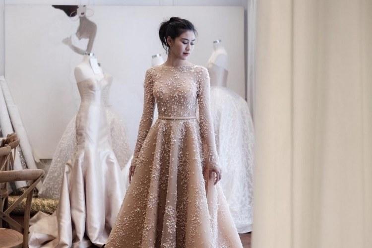Model Desain Gaun Pengantin Muslimah Q0d4 7 Inspirasi Gaun Pengantin Artis Yang Bikin Kita Nangis Bahagia