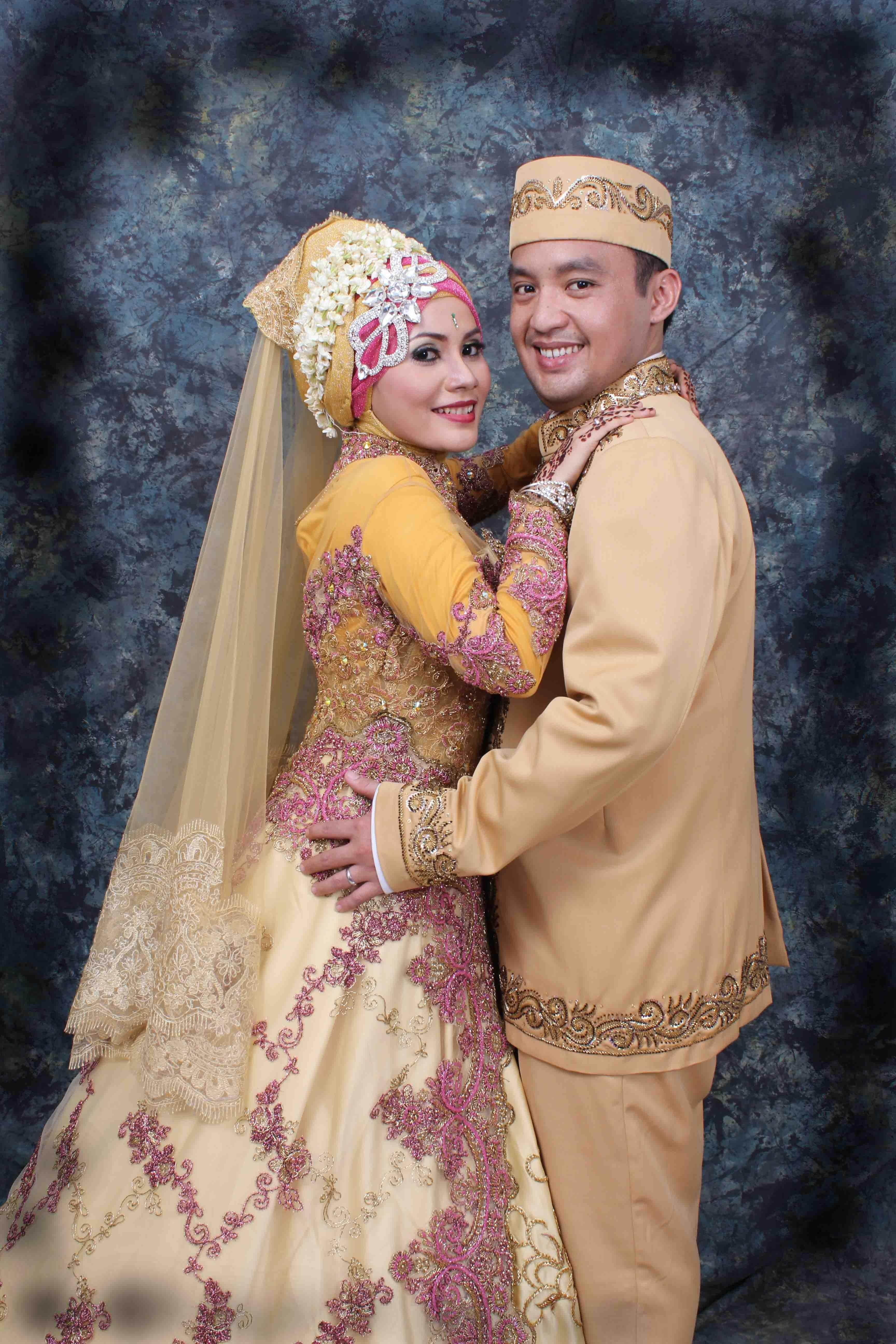 Model Gaun Pengantin Muslim Modifikasi 3id6 Amin Durian Amindurian On Pinterest