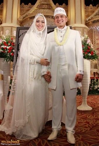 Model Gaun Pengantin Muslimah Untuk orang Gemuk 3id6 24 Gaun Pengantin Muslimah Sederhana Tapi Modern