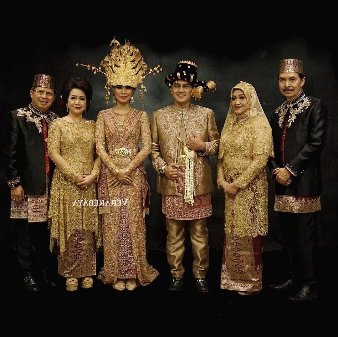 Model Gaun Pengantin Muslimah Warna Biru Terfavorit Kvdd 15 Busana Adat Batak