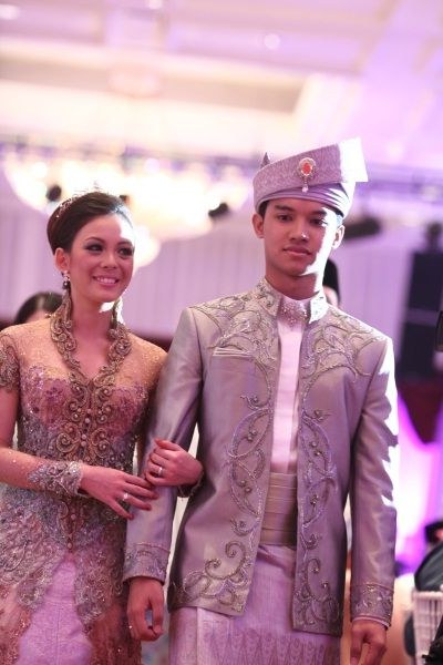 Model Inspirasi Baju Pengantin Muslimah Zwd9 Fadza Anuar & Vivy Yusof