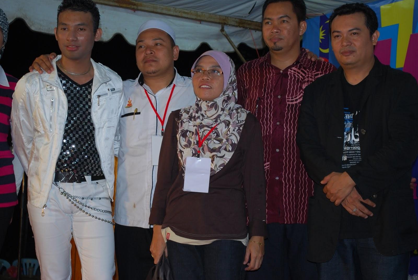 Model Jual Baju Pengantin Muslim D0dg Amy Uk S 2010