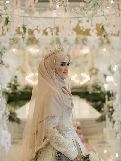 Model Sewa Baju Pengantin Muslimah Modern Zwdg Laksmi Muslimah solusi Sewa Busana Pengantin Muslimah Syar