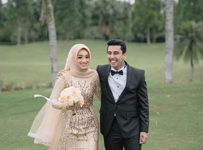 Model Sewa Gaun Pengantin Muslimah Modern 8ydm so Inspiring Gaun Pengantin Muslimah Para Artis Ini Banyak