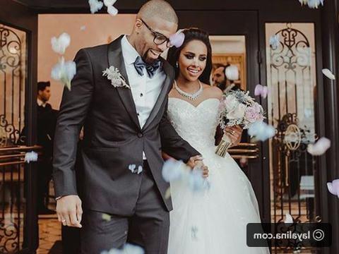 Bentuk Bridesmaid Dress Hijab S5d8 أجمل صور داليا مبارك وزوجها ليالينا