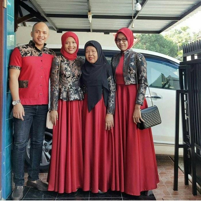 Bentuk Gamis Batik Seragam Pernikahan T8dj Gambar Gamis Kombinasi Batik Bentuk Blazer Cheveux U