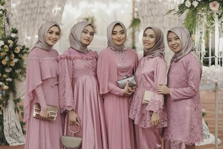Bentuk Inspirasi Bridesmaid Hijab Ffdn Bridesmaid Hijab Dress – Fashion Dresses
