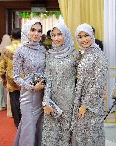 Bentuk Model Baju Gamis Untuk Pesta Pernikahan Irdz Cantik Dan Menawan 7 Model Baju Pesta Muslim Sederhana Ini