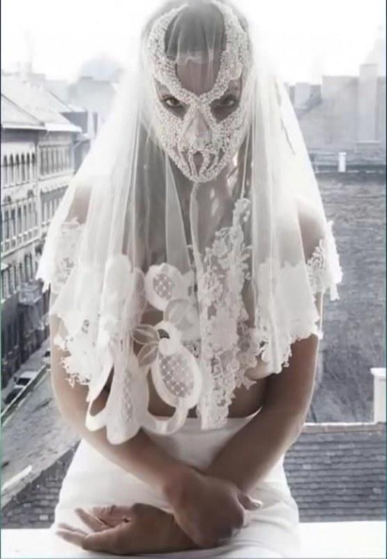 Bentuk Seragam Bridesmaid Hijab Zwd9 20 Worst Wedding Dresses You Ll Ever Lay Eyes