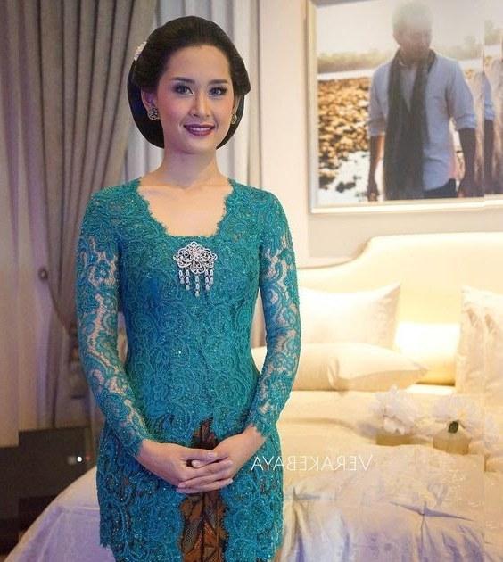 Ide Gamis Brokat Pernikahan 9fdy Kebaya Muslim Warna Salem Kebayar