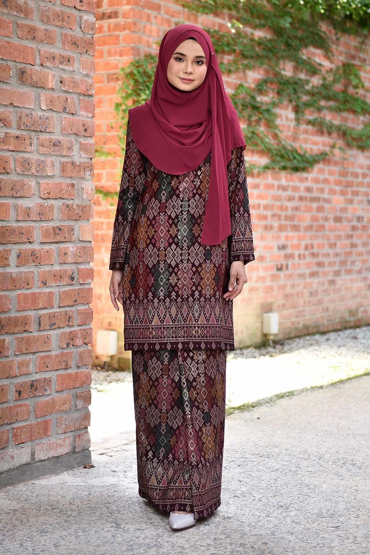 Ide Gaun Bridesmaid Hijab Wddj Baju Kurung songket Luella Deep Maroon