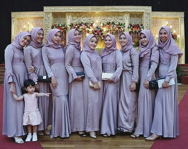 Ide Inspirasi Gaun Bridesmaid Hijab Bqdd Inspirasi Gaun Modern Inspirasi Gaun