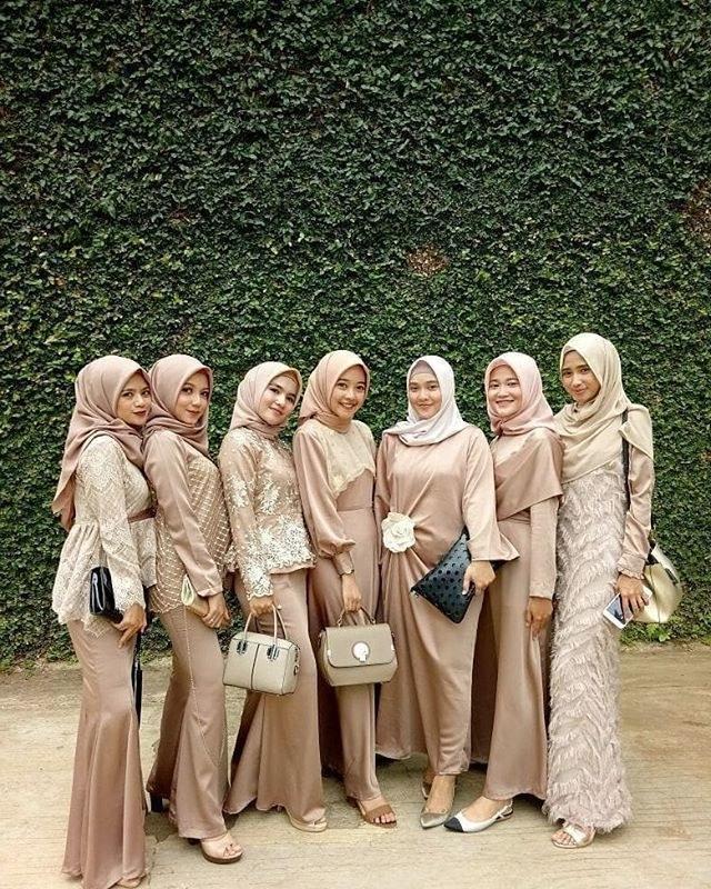 Ide Inspirasi Gaun Bridesmaid Hijab Rldj Dress Brokat Modern Hijab 2018 Gamis Brokat
