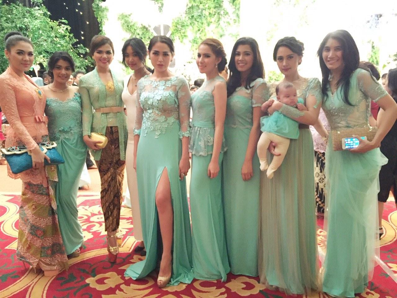 Inspirasi Bridesmaid Indonesia Hijab Budm Party Dress Indonesia – Fashion Dresses