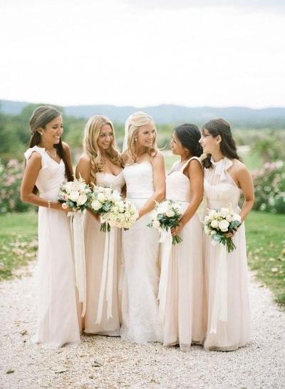 Inspirasi Desain Bridesmaid Hijab Zwd9 Black Tie French Chateau Wedding