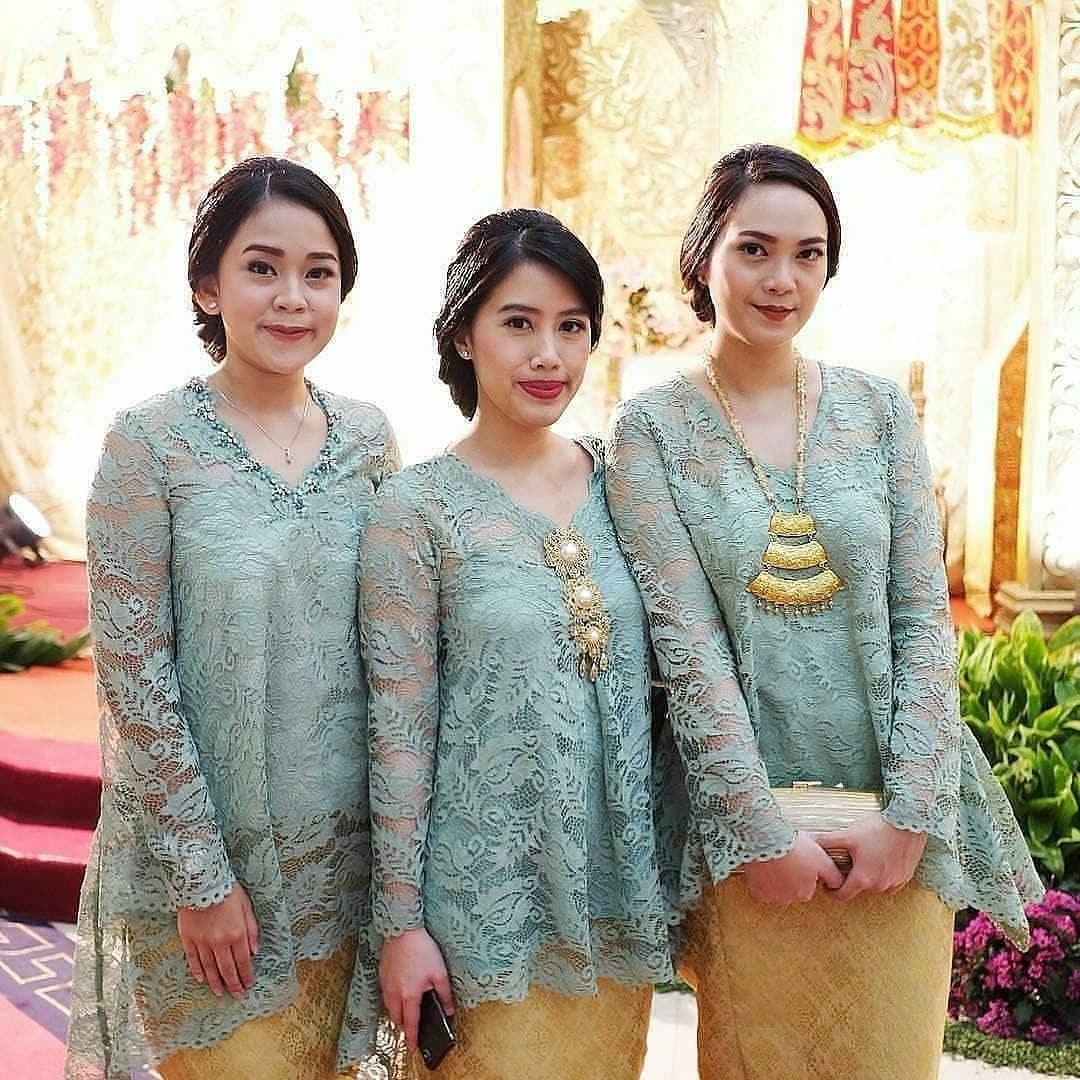 Inspirasi Model Gamis Untuk Acara Pernikahan Drdp 41 Model Kebaya Brokat Modern Pendek Panjang Terpopuler
