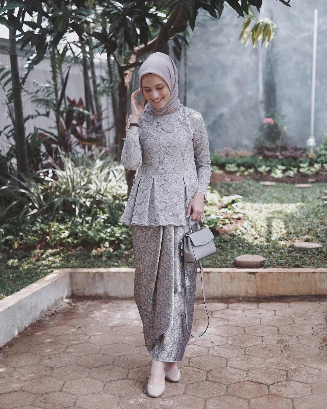 """Inspirasi Model Kebaya Bridesmaid Hijab Zwdg Hijabi Fashionist """" Hijabdesing Hijabgirls"""