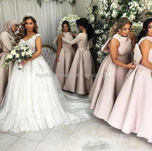 Model Dress Bridesmaid Hijab Nkde Arabic Muslim Long Sleeves Hijab Bridesmaid Dresses Satin with Bow A Line V Neckline Hijab Wedding Guest Dresses Bridesmaid Dresses Beach Wedding