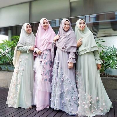 Model Gamis Syari Untuk Pesta Pernikahan D0dg Sederhana Dan Elegan Tips Style Hijab Syar I Pesta Untuk