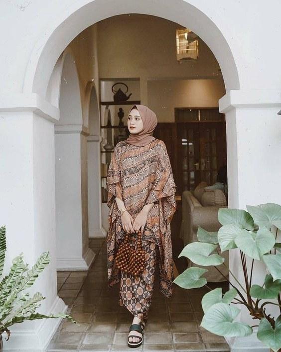 Model Model Gamis Batik Untuk Pesta Pernikahan 4pde Tips Memilih Model Baju Pesta Untuk Dewasa Maupun Anak Anak