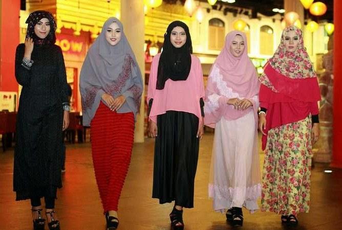 Bentuk Baju Lebaran Artis 9ddf Baju Muslim Untuk Lebaran Artis Indonesia Juli 2015