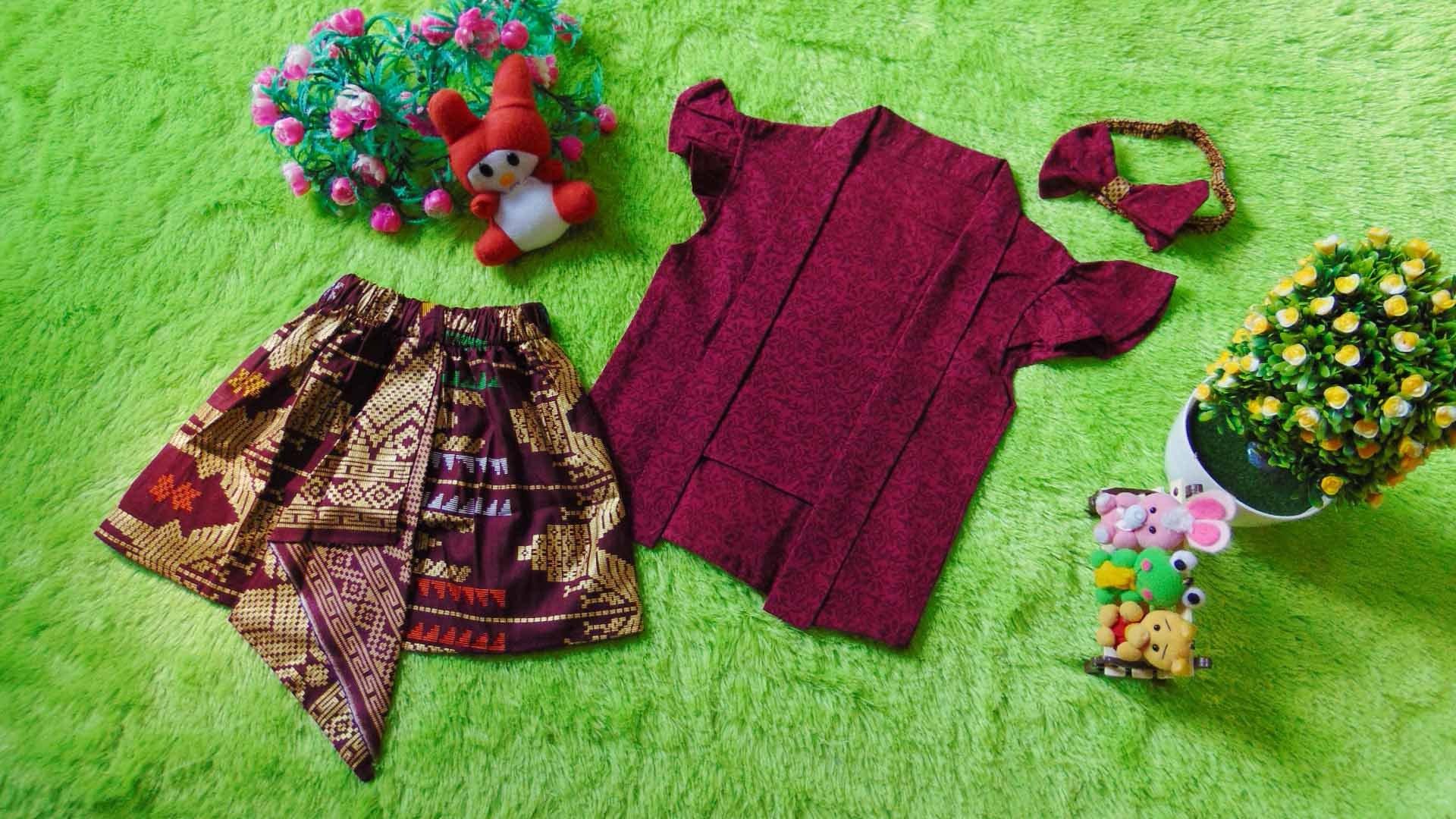 Bentuk Baju Lebaran Bayi 6 Bulan Y7du Setelan Baju Kebaya Kutu Baru Bayi 6bulan 2tahun Plus