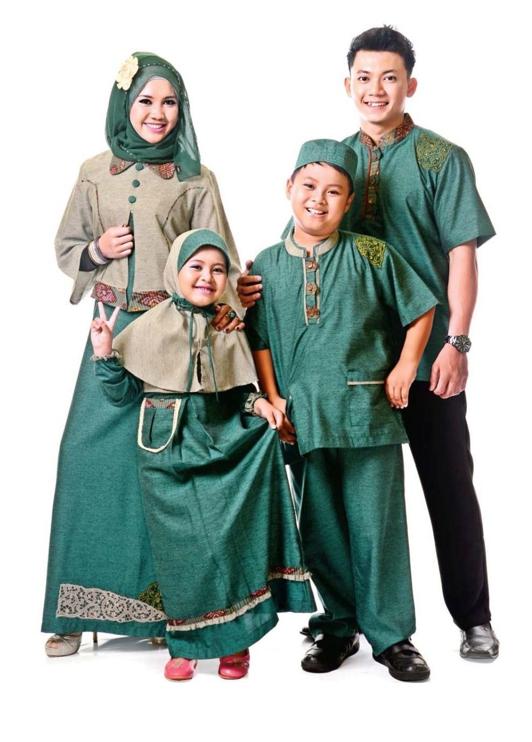 Bentuk Baju Lebaran Keluarga Terbaru Etdg Baju Lebaran Keluarga 2016