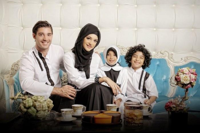 Bentuk Baju Lebaran Keluarga Warna Putih Txdf 22 Baju Lebaran Keluarga Warna Putih Modern