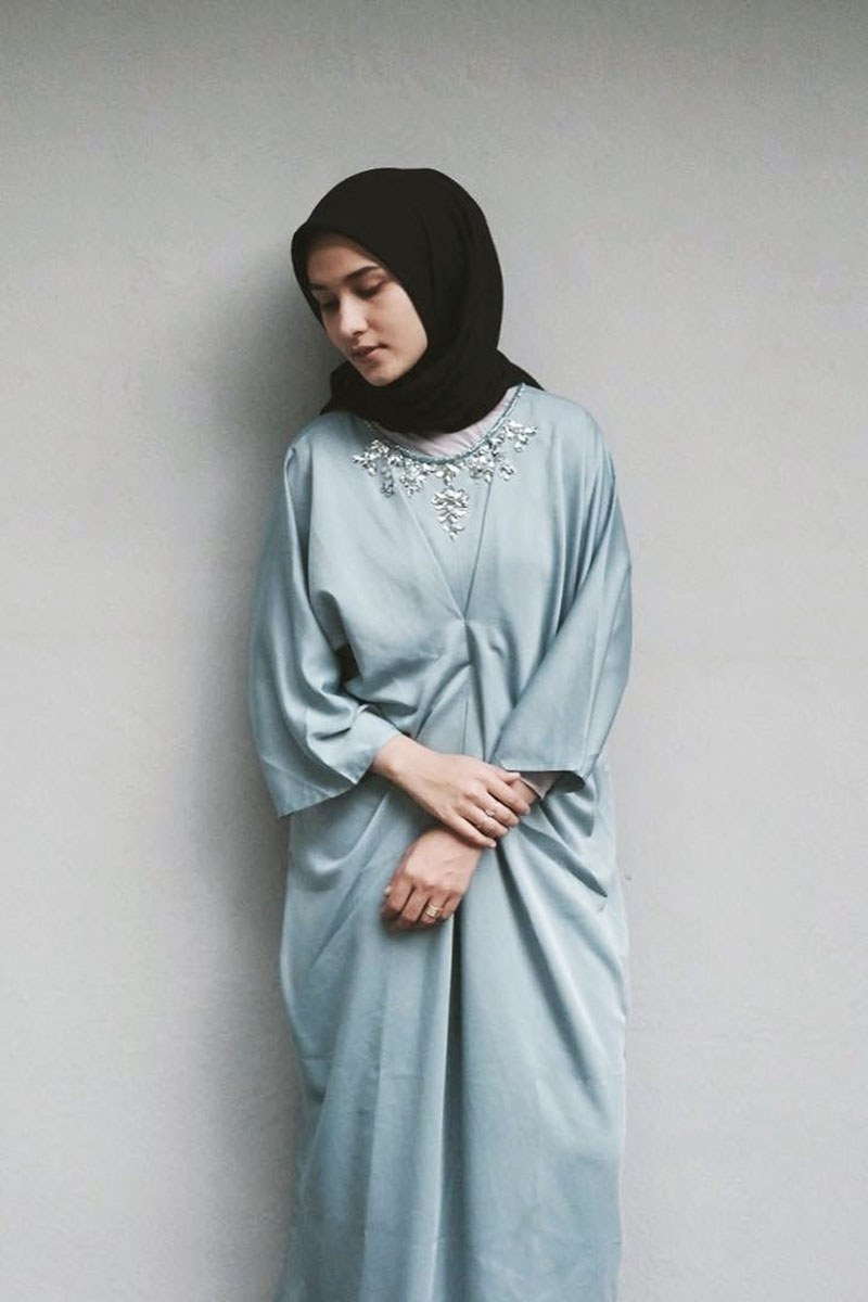 Bentuk Baju Lebaran Simpel Elegan Budm Trend Baju Lebaran Dan Hijab Wanita Tahun 2019 Untuk