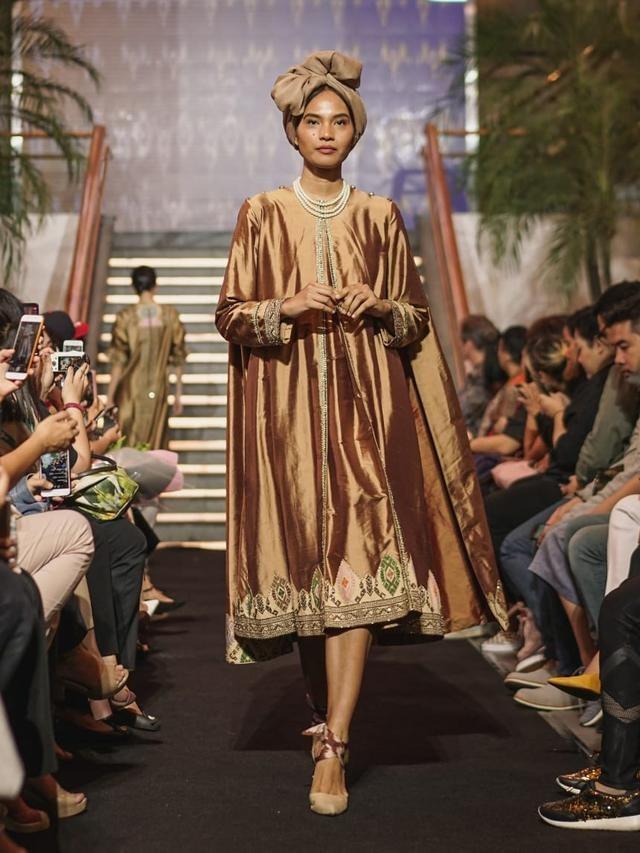 Bentuk Ide Baju Lebaran Dwdk Keindahan songket Koleksi Svarna Dalam Baju Lebaran Modest
