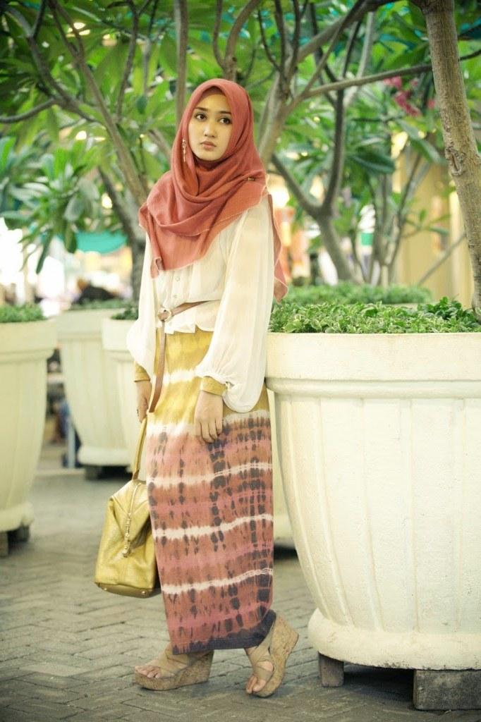 Bentuk Model Baju Lebaran Masa Kini Irdz Trend Contoh Baju Muslim Model Sekarang 2015
