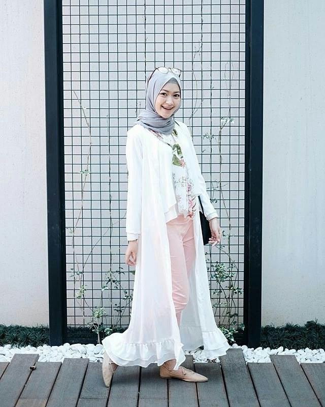 Bentuk Trend Baju Lebaran Wanita 2018 S1du 20 Trend Model Baju Muslim Lebaran 2018 Casual Simple Dan