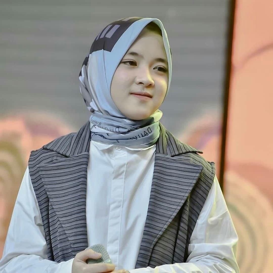 Design Baju Lebaran Ala Nissa Sabyan J7do Nissa Sabyan