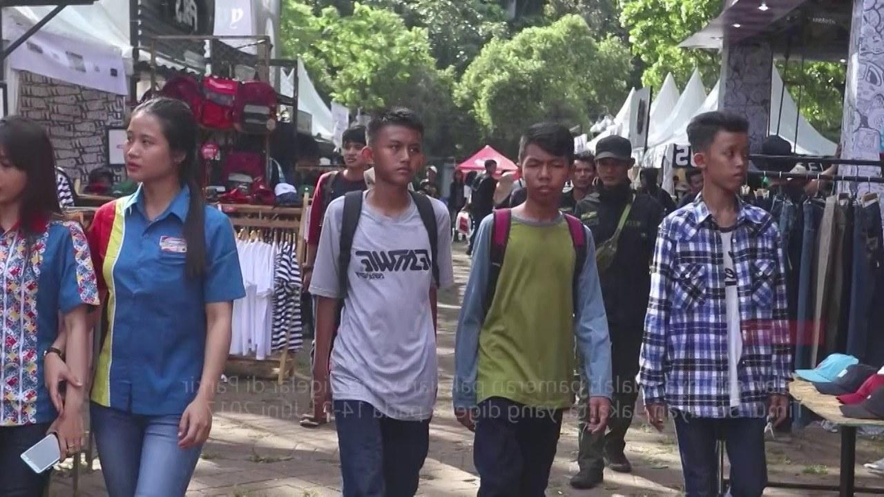 Design Baju Lebaran Baru Zwdg Berburu Baju Baru Di Jakcloth Lebaran 2017