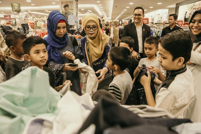 Design Baju Lebaran Hits 3id6 Pentingkah Belanja Baju Lebaran Di Masa Pandemi Corona
