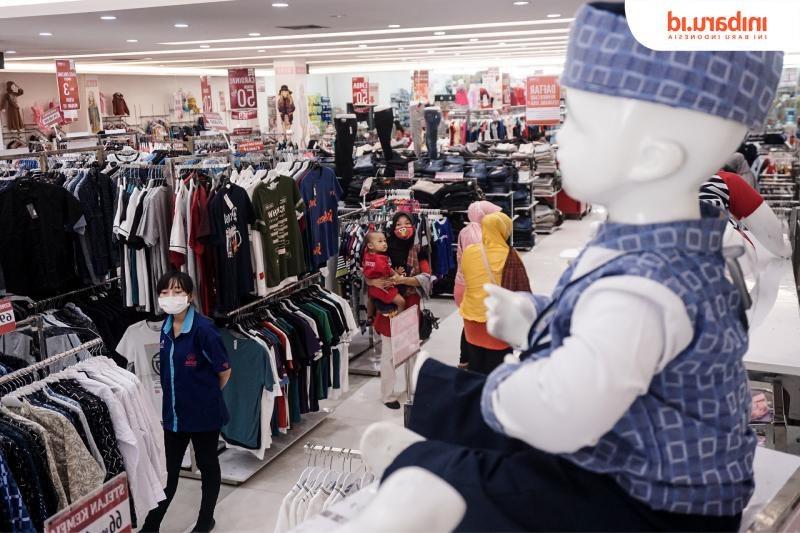 Design Baju Lebaran Hits U3dh Bikin Gemas Ini Alasan Masyarakat Nekat Jejali toko Baju