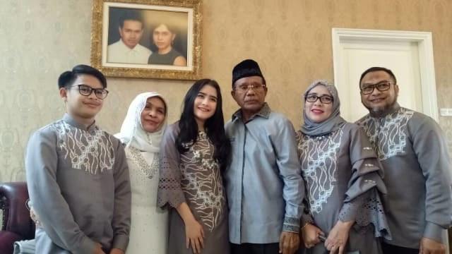 Design Baju Lebaran Prilly Latuconsina D0dg Wags Dan Trend Model Baju Muslim Hamdeensabahy
