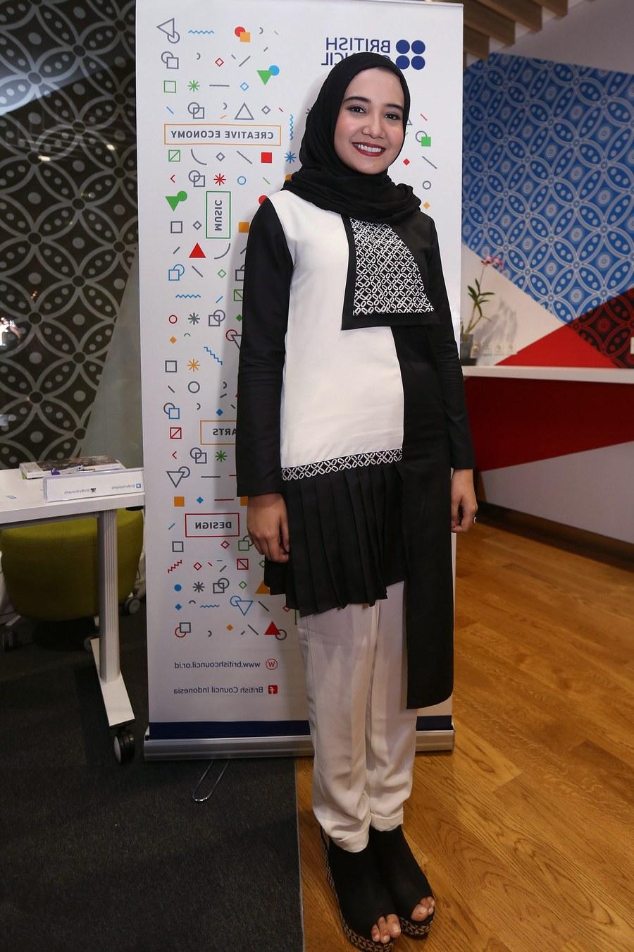 Design Baju Lebaran Zaskia Sungkar Bqdd Trend Baju Lebaran 2018 Menurut Desainer Ternama Indonesia
