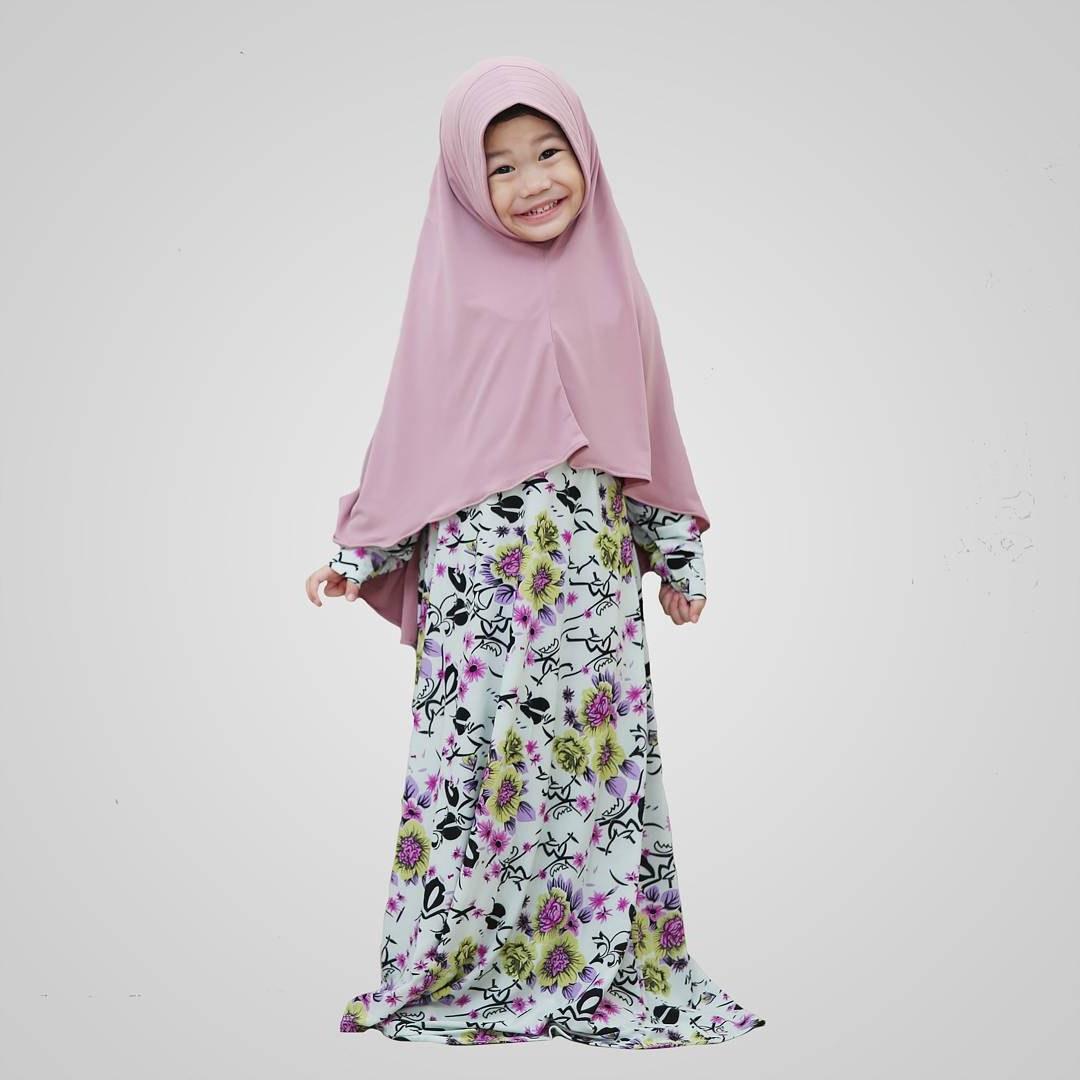 Design Model Baju Lebaran 2019 Untuk Anak Perempuan Dwdk Model Gamis Anak Terbaru Model Gamis 2019