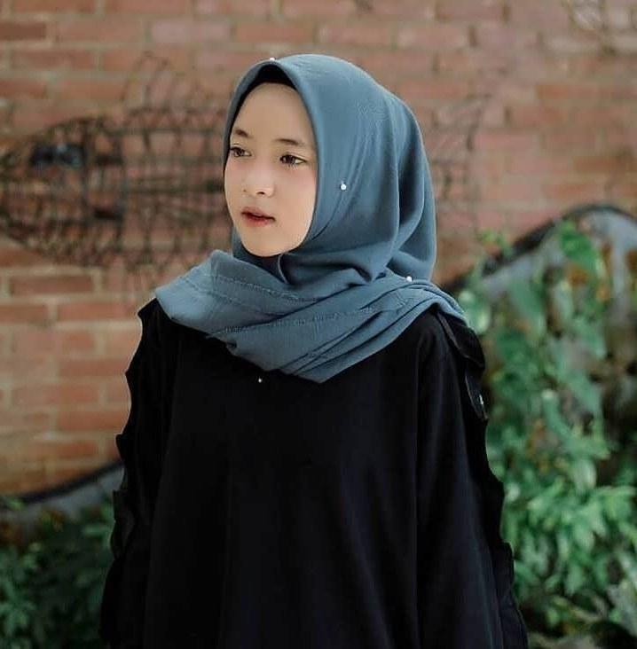 Design Model Baju Lebaran Nissa Sabyan Bqdd 27 Trend Model Baju islami Nissa Sabyan Model Baju