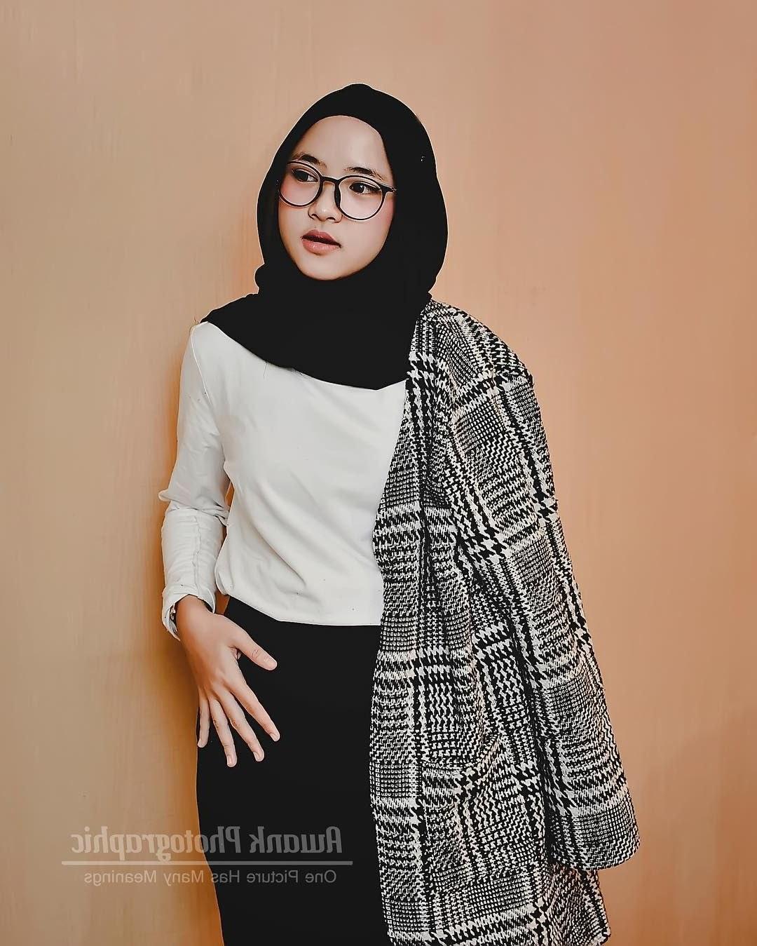 Design Model Baju Lebaran Nissa Sabyan Zwd9 Gamis Sabyan Menjadi Trend Dan Inspiratif