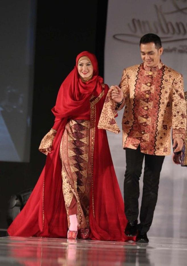 Ide Baju Lebaran Dian Pelangi Ipdd Model Baju Batik Dian Pelangi