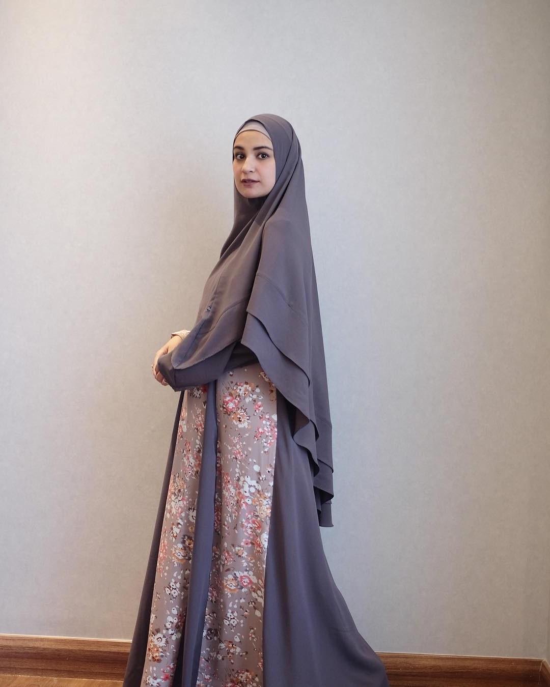 Ide Baju Lebaran Para Artis O2d5 40 Trend Masa Kini Baju Lebaran Artis 2020