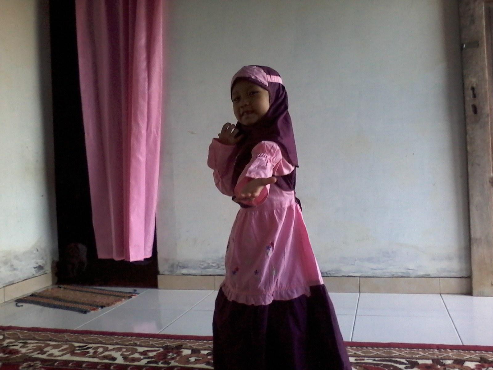 Ide Baju Lebaran Sekeluarga Ipdd Baju Muslim Anak Di Hari Idul Fitri Potret Kuli